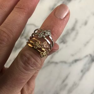 Stella & Dot 5 piece multi-colored ring set
